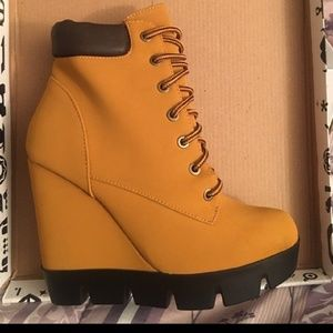 Shoes - Stunning  mustard boots!😍❤